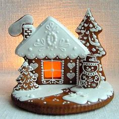 58 Ideas For Cupcakes Decoration Christmas Gingerbread Houses Christmas Gingerbread House, Gingerbread Cookies, Christmas Cookies, Christmas Crafts, Christmas Decorations, Gingerbread Houses, Cupcakes Decoration Disney, Fun Cupcakes, Cupcake Cakes