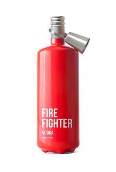 En caso de fiesta..Vodka Fire Fighter. Hermoso diseño.