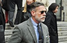 nickelson-wooster-grey-tones-tweed-jacket-sunglasses-style-men.jpg (730×475)