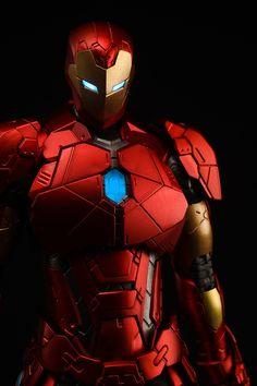 Sentinel Re:Edit Iron Man Shape Changing Armor New Photos - The Toyark - News Marvel Art, Marvel Heroes, Hot Toys Iron Man, Iron Man Action Figures, Iron Man Art, Iron Man Avengers, Comic Book Collection, Iron Spider, Marvel Entertainment