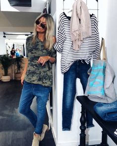 Women S Over 50 Fashion Styles 2015 Simple Outfits, Chic Outfits, Fashion Outfits, Fashion Styles, Kimono Fashion, Boho Fashion, Womens Fashion, Stylish Older Women, Leotard Fashion