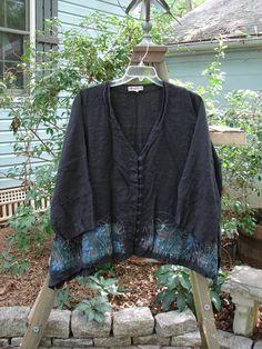 Barclay Flower Button Dip Side Cardigan Pastel Garden Black Size 1 - BlueFishFinder