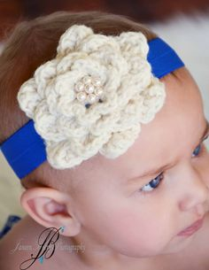 Baby Crochet Flower & Pearl Headband by ChiclyHooked  #photography #baby #fashion #crochet