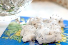 Forgotten Cookies from @NevrEnoughThyme http://www.lanascooking.com/2010/07/22/forgotten-cookies/ #cookies #desserts