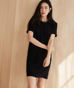 4902941610 Crepe T-Shirt Dress - Black. Jenni Kayne