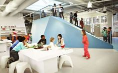Danish architecture firm Rosan Bosch Ltd has created a school with no walls for the Swedish Free School Organization Vittra, which wanted. Learning Spaces, Learning Environments, 21st Century Schools, Early Childhood Centre, Future School, Classroom Design, Classroom Walls, School Classroom, Too Cool For School