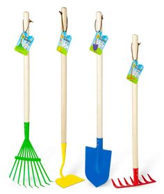 Garden tool set for little hands by ToySmith.