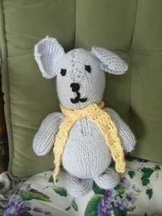 Crochet Mouse With Yellow  Scarf by VioletsKnitwear on Etsy https://www.etsy.com/listing/55202819/crochet-mouse-with-yellow-scarf