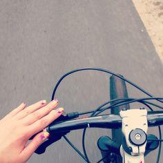 Rowerki rowerki 😆 dziś wyprawa z rowów do orzechowa. Trochę jazdy było 😆 #nails2inspire #rower #scott #bicycle #orly
