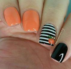 Fall pumpkin nails