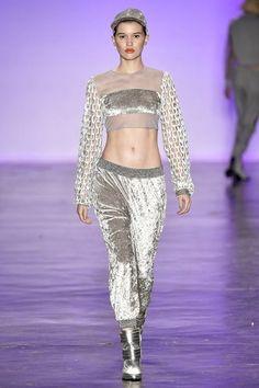 O streetwear invadiu as passarelas e promete ser tendência para as próximas temporadas.