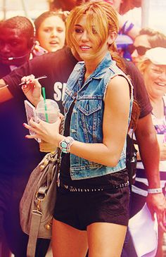Miley Cyrus Jean Vest. Absolutely obsessed with this picture.