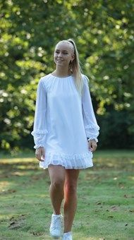 Confirmation Dresses, Cover Up, White Dress, Blonder, Sweaters, Fashion, Weddings, Dress, Carnavals