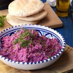 Fitt joghurtos céklasaláta   Nosalty Fitt, Cabbage, Vegetables, Cabbages, Vegetable Recipes, Brussels Sprouts, Veggies, Sprouts