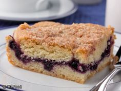 Neighborhood Blueberry Coffee Cake | mrfood.com  On a recent book tour a viewer brought us a recipe that she said was the hit of her neighborhood. When we got home we just had to try it. Know what? Now it's the hit of our neighborhood, too!      Read more at http://www.mrfood.com/Cakes/Neighborhood-Blueberry-Coffee-Cake-1486#tjUuI0KvtsvIULPk.99