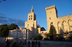 【艾莉的旅遊世界】亞維農(Avignon) 。教皇宮前的米其林饗宴 | FLiPER 潮流藝文誌