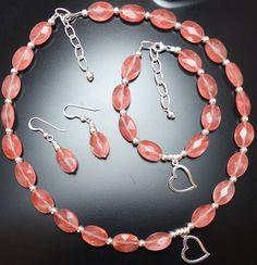 Conjunto de collar, pulsera y pendientes en  cuarzo cherry y plata 925 mm.