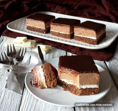 Recepti i Ideje Dessert Cake Recipes, Desserts To Make, Dessert Drinks, Sweet Desserts, Sweet Recipes, Bajadera Recipe, Kiflice Recipe, Chocolate Salami Recipe, Chocolate Desserts