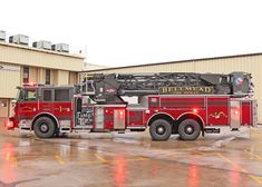 Black Hats, Fire Equipment, Fire Apparatus, Evening Sandals, Emergency Vehicles, Firefighting, Public Service, Fire Engine, Ladders