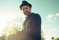 "Learn about one of our featured artists, Kristian Bush: Kristian Bush, one half of platinum-selling country duo Sugarland, has been leaving his mark on music for more than two decades. His debut solo album, Southern Gravity, was released in April 2015, featuring the Top 20 single ""Trailer Hitch."" Bush is a Grammy Award-winning singer, songwriter and producer."