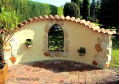 Among the most original, impressive decorative and at the same time functional buildings in gardens, country houses with a large outdoor space are stone gazebo without a roof. Diy Pergola, Pergola Plans, Garden Art, Garden Tools, Outdoor Spaces, Outdoor Living, Pinterest Garden, Walled Garden, Small Patio