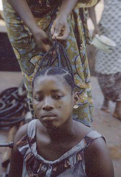 "vintagecongo: "" Hairstyle: ""nwani/nyoni"" Kisangani, Congo by Eliot Elisofon "" African Threading, Hair Threading, Pretty Black Girls, Black Is Beautiful, Vintage Black Glamour, Black Girl Aesthetic, African Braids, African American Hairstyles, African Culture"