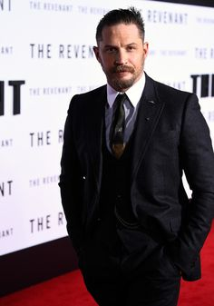 """Tom Hardy Photos Photos - Actor Tom Hardy attends the premiere of 20th Century Fox and Regency Enterprises' """"The Revenant"""" at the TCL Chinese Theatre on December 16, 2015 in Hollywood, California. - Premiere of 20th Century Fox and Regency Enterprises' 'The Revenant' - Red Carpet"""