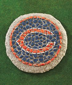 NFL Mosaic Garden Stones-for mike Mosaic Designs, Mosaic Patterns, Home Crafts, Fun Crafts, Bears Football, Baby Shower Princess, Lakeside Collection, Mosaic Garden, Daddy Gifts