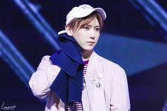 Jang Hyun Seung   장현승   Official group's photos – 47 albums   VK Jang Hyun Seung, Group Photos, Rain Jacket, Windbreaker, Highlight, Albums, Beast, Lights, Group Shots