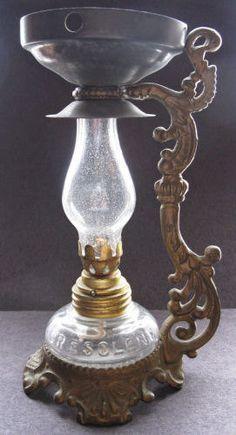 Antique vaporizador con lámpara de aceite