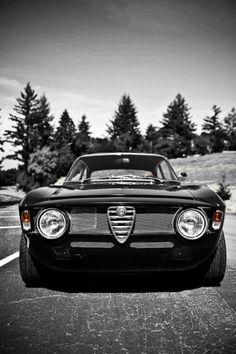 Alfa Romeo GTA | ^ https://de.pinterest.com/stanpatzitw/alfa-romeo-love/