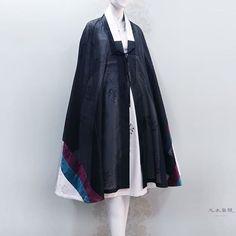 Cape Coat, Duster Coat, Korea, Character Design, Kimono Top, Costumes, Jackets, Inspiration, Outfits