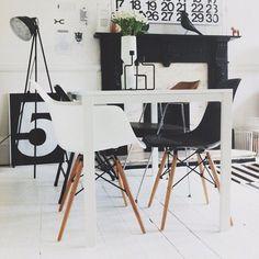 Image result for b&w calendar desk number stigg
