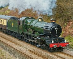 BR (GWR)  Castle class 4-6-0  No 5043 'Earl of Mount Edgecumbe' Diesel Locomotive, Steam Locomotive, Train Of Thought, Steam Railway, Abandoned Train, British Rail, Old Trains, Great Western, Steamers
