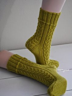 My newly finished socks inspire me totally. That& why today . My newly finished socks inspire me totally. Therefore, there are a few more photos to see today. Knitting Socks, Inspire Me, Slippers, Pattern, Inspiration, Bonnets, Photos, Fashion, Socks