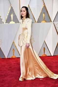 Dakota Johnson por Gucci. Oscar 2017.