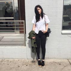 Julia Levenstein (@julialevenstein) • Fotos e vídeos do Instagram