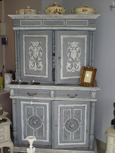buffet vaisselier patin ancien style louis xvi buffet vaisselier vaisselier et louis xvi. Black Bedroom Furniture Sets. Home Design Ideas