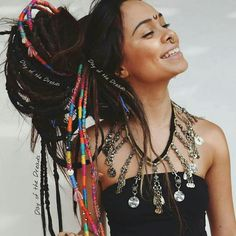 boho The beautiful wearing our Dark Brown Temp Dreads . The beautiful wearing our Dark Brown Temp Dreads Dreads Styles, Curly Hair Styles, Natural Hair Styles, Estilo Hippie Chic, Hippie Style, Boho Hippie, Boho Gypsy, Boho Style, Bohemian Hairstyles