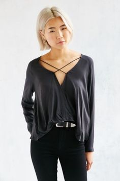 Silence + Noise Mayfair Surplice Top - Urban Outfitters