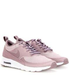 new style afc81 b8e2c Ideas de zapatos para ti  estaesmimodacom  zapatos  botas  tacon  calzado  Zapatos