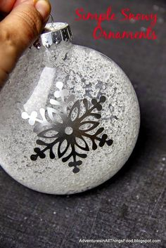 Adventures in all things food: Simple Handmade Ornaments - Just in Time for the Holidays! Adventures in all things food: Simple Handmade Ornaments - Just in Time for the Holidays! Vinyl Ornaments, Christmas Ornaments To Make, Handmade Ornaments, Diy Christmas Gifts, Christmas Tree Ornaments, Christmas Holidays, Christmas Crafts, Glitter Ornaments, Cricut Ornament