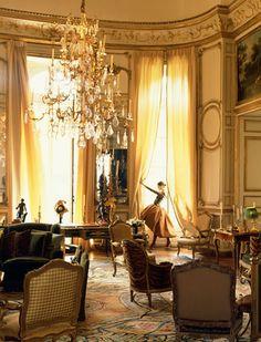 A salon in Hubert de Givenchy's Paris residence, c. 1990.