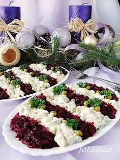 Sałatka śledziowa z buraczkami Składniki: 2 płaty śled… na Stylowi.pl Appetizer Salads, Appetizer Recipes, Salad Recipes, Cooking Recipes, Healthy Recipes, Happy Foods, Keto Meal Plan, Food Inspiration, Easy Meals
