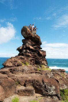 http://www.unrealhawaii.com/2011/07/peles-chair-alan-davis-beach/ I could totes climb this: pele's chair