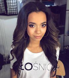 Dzień dobry  na dobry początek tygodnia piekna @jackymzee w hollywoodzkich falach by me  make-up @fuelforbeauty Miłego dnia!  #dziendobry #poniedzialek #hello #dobregodnia #hairart #lovehair #hairstylist #hairstylistlife #ilovemyjob  #beauty #beautiful #girl #polishgirl #model #brunette #longhair #make-up  #mua #photoshooting #atwork #hairfashion #hairstyle #instahair #blogowlosach #fryzury #krokpokroku #dziewczyna #brunetka #fryzura #dlugiewlosy