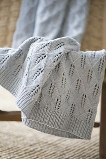 Leaf motif knitted blanket using wool/silk blend Tern from Quince & Co. A light and airy incredibly soft blanket that knits up one meditative leaf at a time. Knitting Patterns Free, Knit Patterns, Baby Knitting, Knitted Baby Blankets, Soft Blankets, Baby Clothes Blanket, Knit Shrug, How To Purl Knit, Yarn Shop
