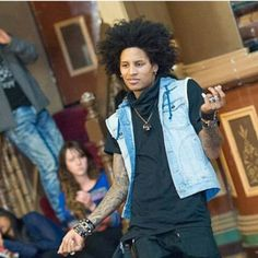 Instagram photo by @lestwins.larry.laurent via ink361.com