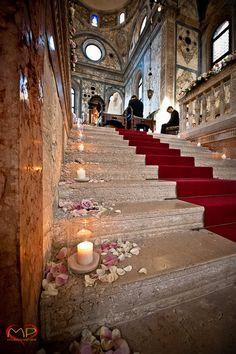 Wedding in Venice / Catholic wedding ceremony in the Church of Santa Maria della Salute