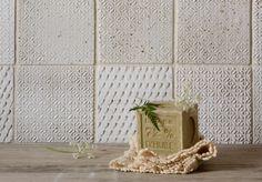 So so so pretty! Love the rustiness or it. (Subtle Printed Tiles from a UK Kitchen Upstart: Remodelista) Dove House, Johnson Tiles, Tiles Uk, Wall Tiles, Devol Kitchens, Splashback Tiles, Diy Crystals, Handmade Tiles, Handmade Ceramic